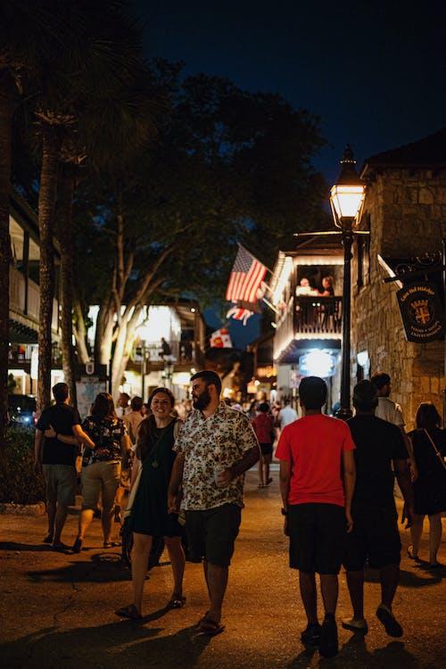 Fotobanka sbezplatnými fotkami na tému exteriér, Florida, ľudia, mesto