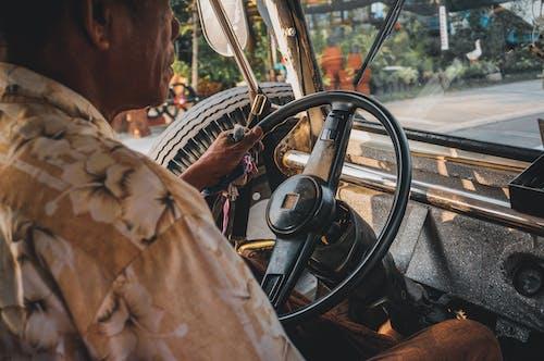 Gratis arkivbilde med antikk, bil, dashbord, fartsmåler