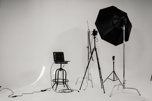 Foto stok gratis bangku, bayangan hitam, bisnis, cahaya
