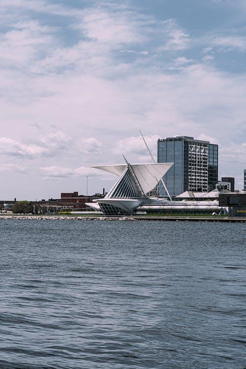 Immagine gratuita di acqua, architettura, città, edifici
