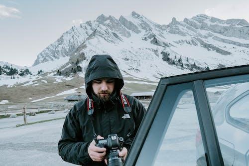 Darmowe zdjęcie z galerii z alpy, aparat, bluza z kapturem, col des aravis