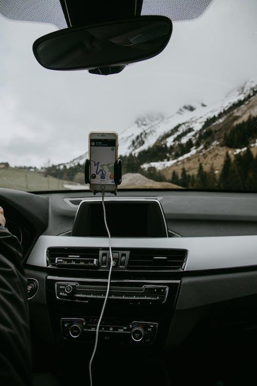 Ảnh lưu trữ miễn phí về bảng điều khiển, kính chắn gió, núi, núi phủ tuyết