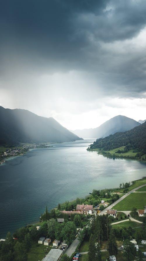 Darmowe zdjęcie z galerii z austria, burza z piorunami, dji mavic pro, dron