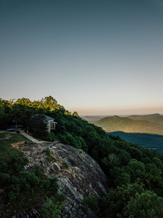 山頂上的房子