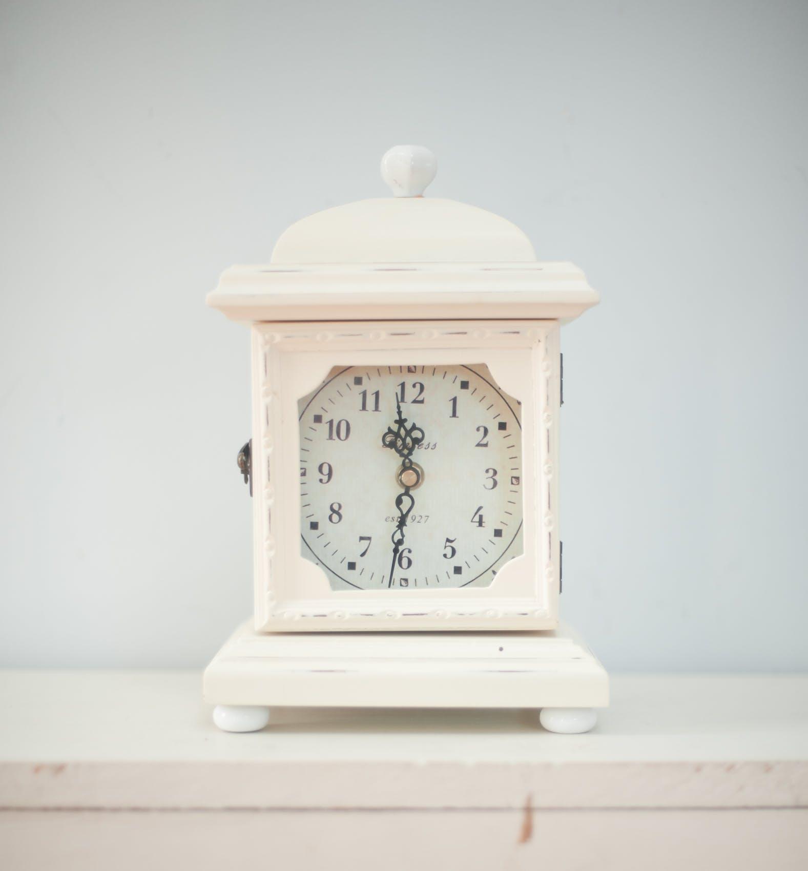 11:31, alarm clock, antique