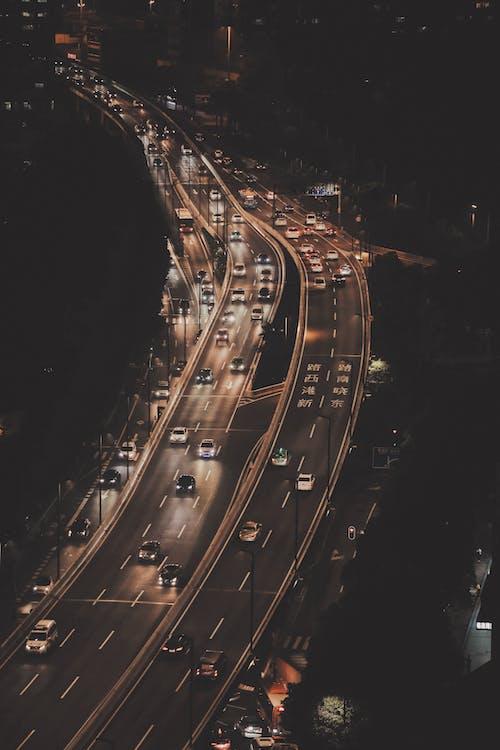Gratis stockfoto met auto's, autoweg, avond, bird's eye view
