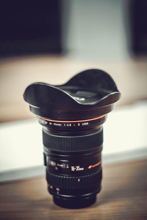 Zwarte Cameralens Bij Tilt Shiftfotografie