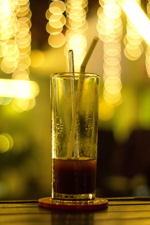 Gratis stockfoto met alcohol, balk, bokeh, chique