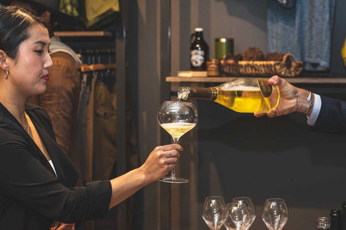 alkoholisk drikkevare, bar, champagne