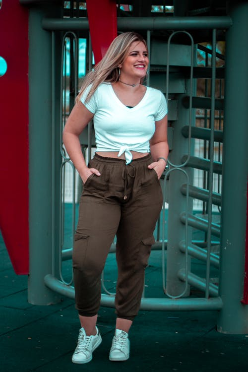 Woman Wearing Brown Cargo Pants Photo