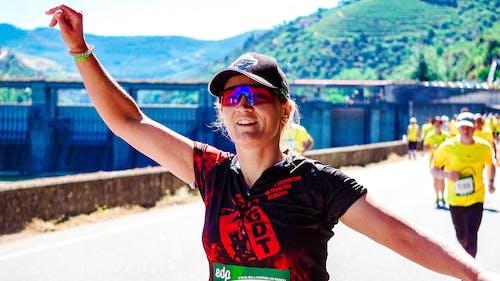 Woman running in a marathon