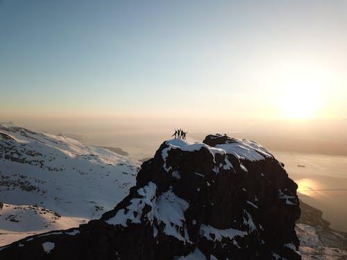 Foto stok gratis di luar rumah, dingin, gunung bersalju, horison