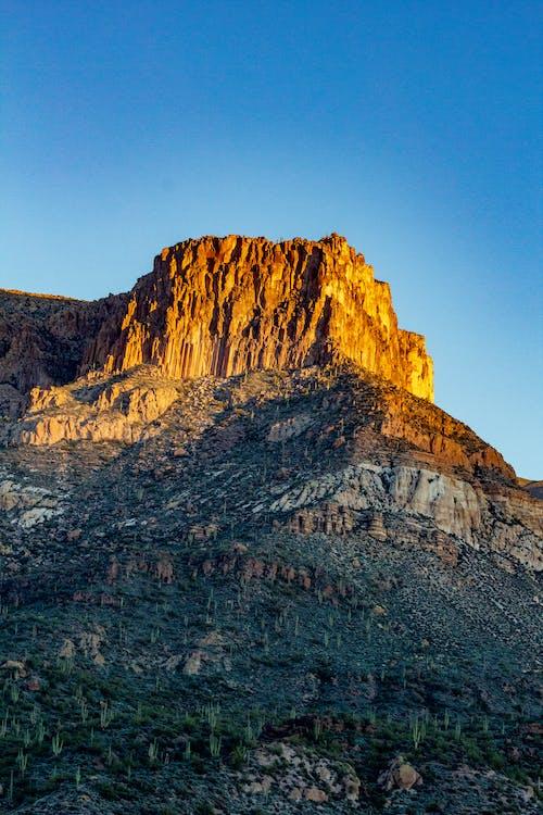 Бесплатное стоковое фото с вид, геологическое образование, геология, голубое небо