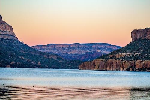 Základová fotografie zdarma na téma apache lake, arizona, hory, jezero