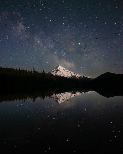 Gratis lagerfoto af aften, astrologi, astronomi, bjerg