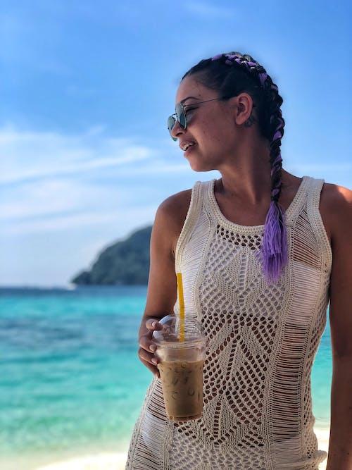 Foto profissional grátis de atraente, bebida, beleza, litoral