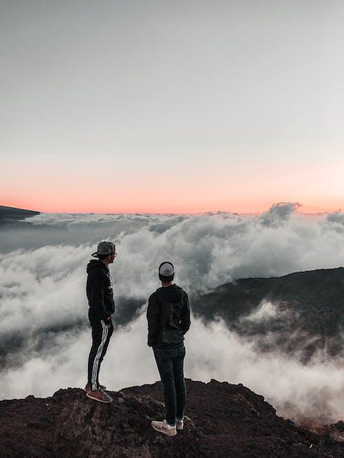Photos gratuites de aube, aventure, brouillard, brumeux