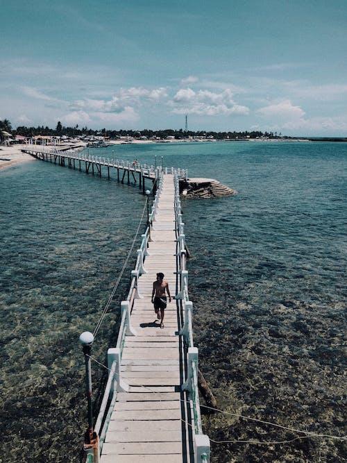 Fotos de stock gratuitas de agua, al aire libre, arena, bahía