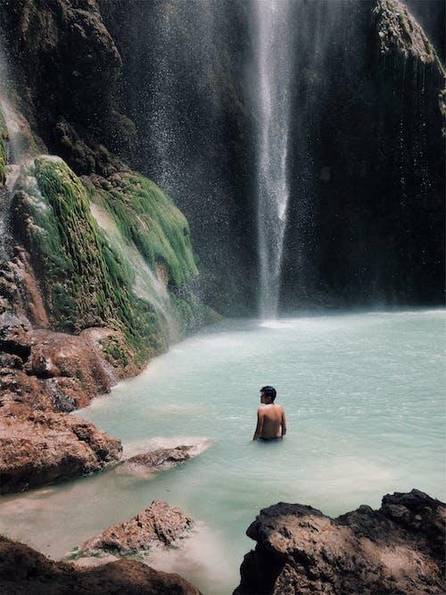 人, 半裸, 天性, 山 的 免费素材照片