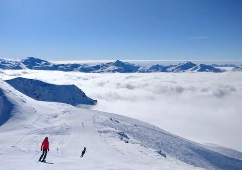 Ảnh lưu trữ miễn phí về biển mây, cao, cuộc phiêu lưu, Khu nghỉ dưỡng trượt tuyết