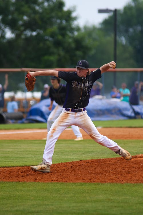 Photos gratuites de athlète, baseball, carafe, clairière