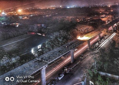 #mobilechallenge, açık, akşam vakti, araba farları içeren Ücretsiz stok fotoğraf