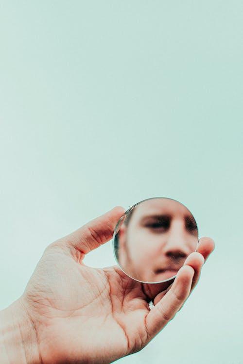 mână, oglindă, om