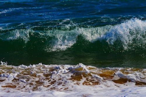 Fotos de stock gratuitas de agua, dice adiós, Oceano, olas rompiendo