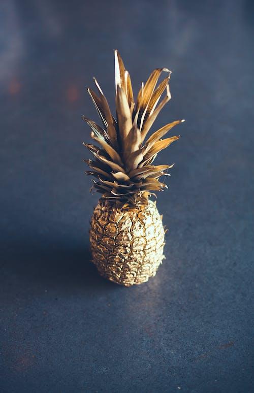 Безкоштовне стокове фото на тему «їжа, ананас, золотистий, золото»