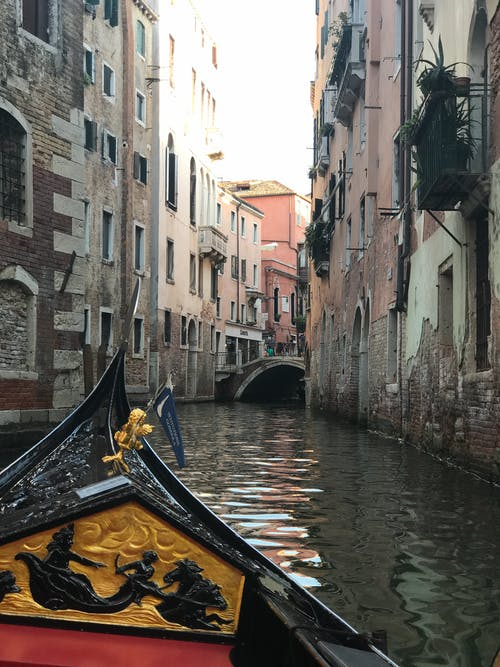 Fotobanka sbezplatnými fotkami na tému Benátky, gondola, gondoly, Taliansko