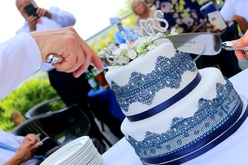 Ingyenes stockfotó esküvő, Esküvői torta, mr mrs témában