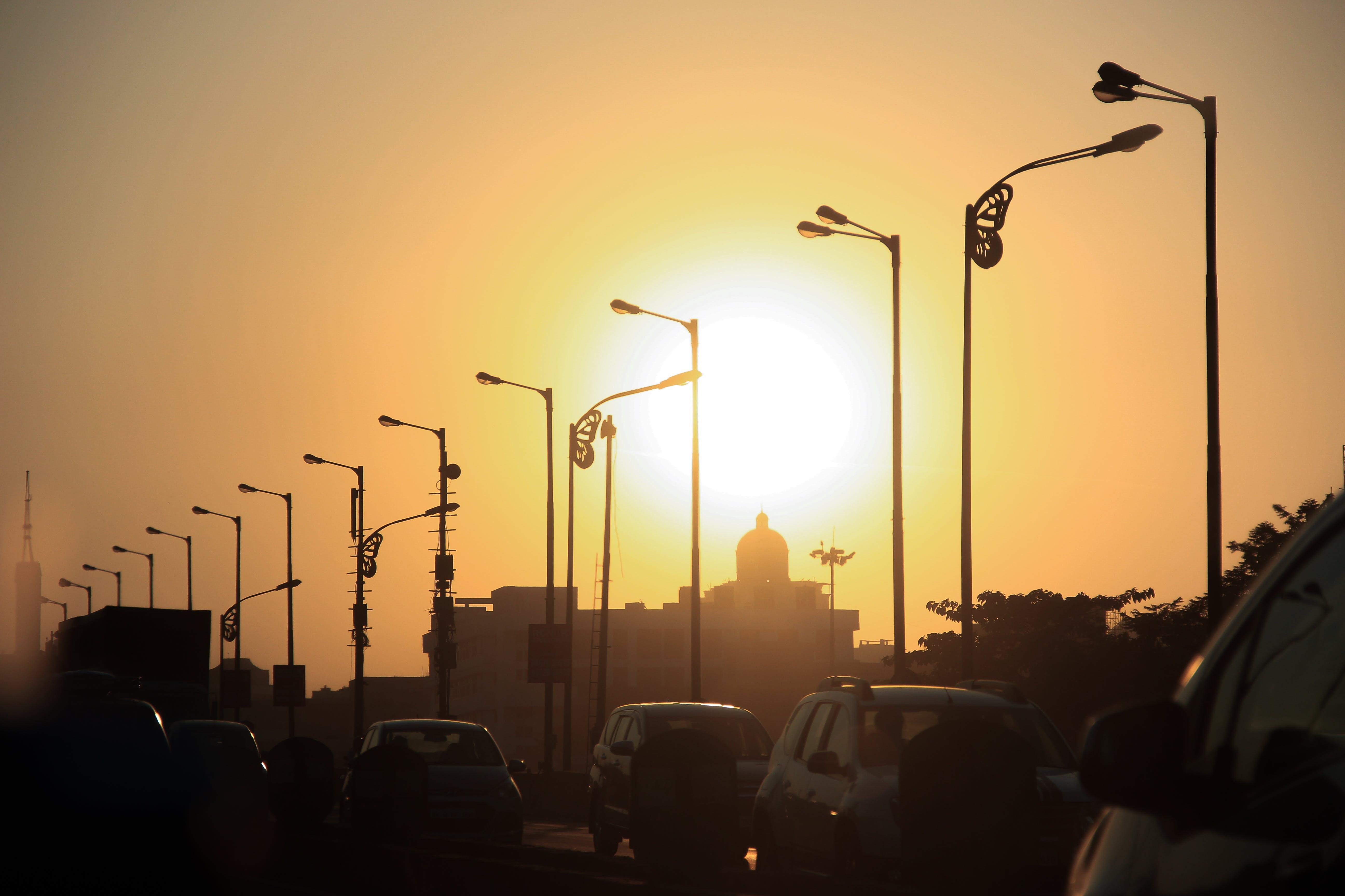 Základová fotografie zdarma na téma provoz, slunce, ulice, večerní obloha