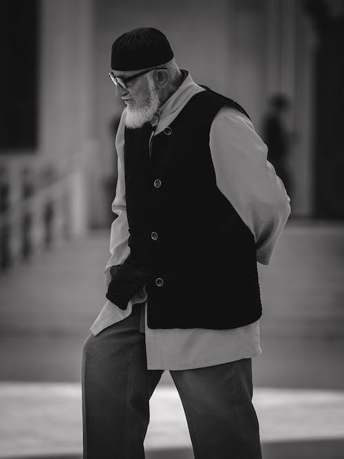 Ilmainen kuvapankkikuva tunnisteilla henkilö, mies, mustavalkoinen, vanhus