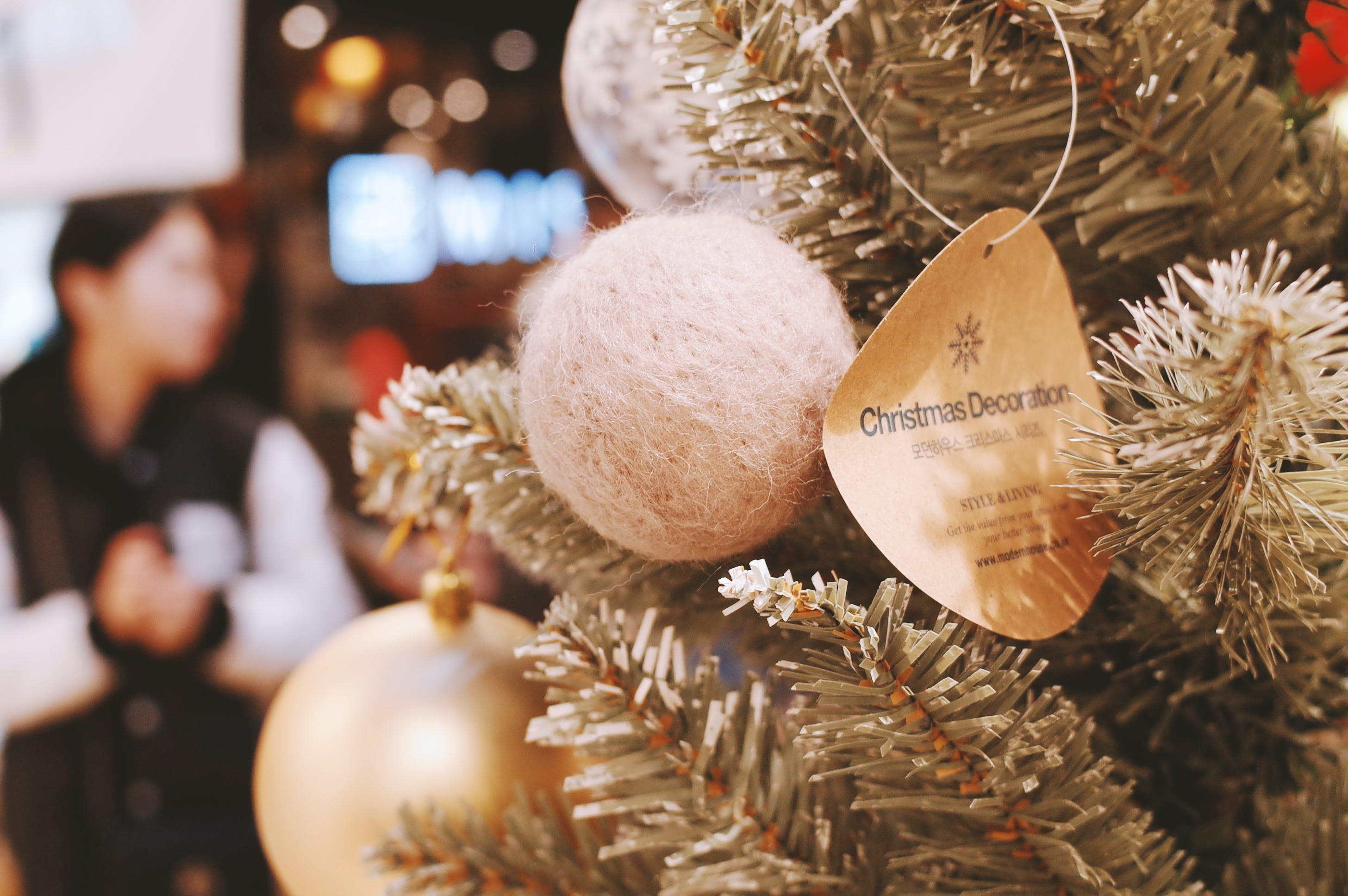 Základová fotografie zdarma na téma vánoce, vánoční baňky, vánoční ozdoby, vánoční stromek