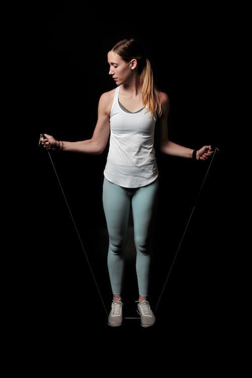 Darmowe zdjęcie z galerii z aktywność, atletyczny, atrakcyjny, ciało