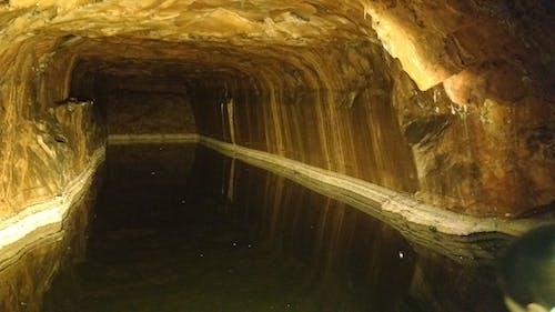 Kostenloses Stock Foto zu bergwerk, höhle, pakistan