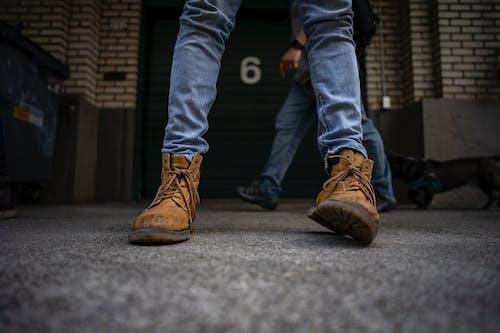 Gratis lagerfoto af fodtøj, fødder, sko, støvler