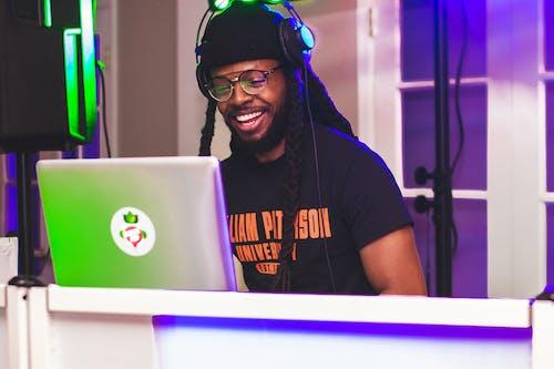 DJ, 남자, 사람, 아프리카계 미국인 남성의 무료 스톡 사진