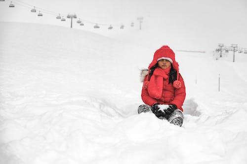 Photos gratuites de enfant asiatique, froid, neige, seul
