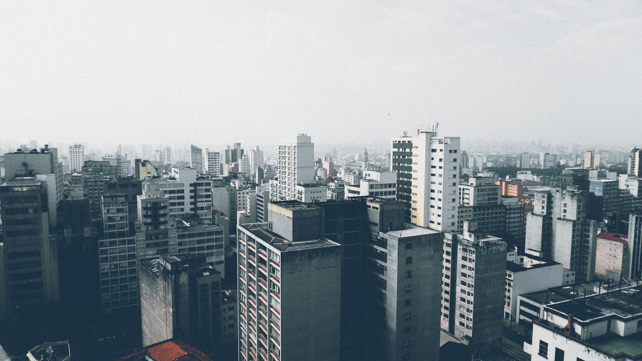 Kostenloses Stock Foto zu stadt, himmel, wolken, skyline