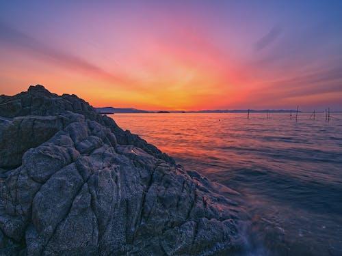 락, 바다, 바다 경치, 새벽의 무료 스톡 사진