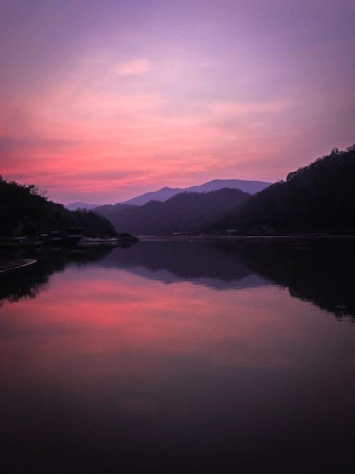 Darmowe zdjęcie z galerii z góra, jezioro, krajobraz, malowniczy