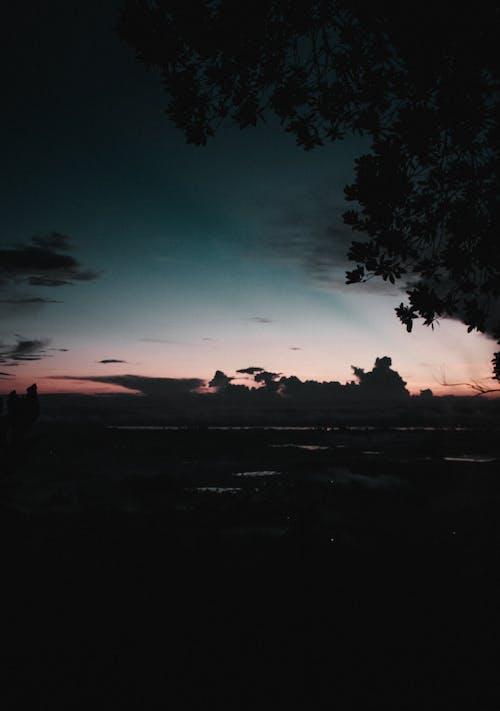 açık hava, akşam, akşam karanlığı, altın saat içeren Ücretsiz stok fotoğraf