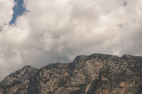 açık hava, alp, bulut, bulutlu içeren Ücretsiz stok fotoğraf