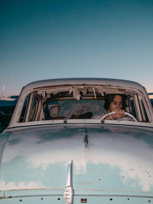 Gratis lagerfoto af alene, bil, flot, forladt
