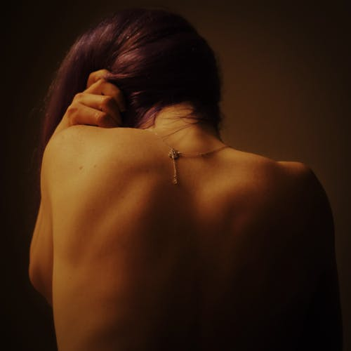 güzel, KADIN, kadının küçük özel odası, mücevher içeren Ücretsiz stok fotoğraf