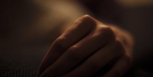 aydınlatma, bağbozumu, el, kadının küçük özel odası içeren Ücretsiz stok fotoğraf