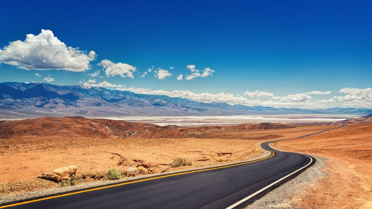 автострада, асфальт, блакитне небо