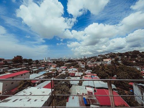 Gratis lagerfoto af beboelsesejendomme, bolig, boligområde, by