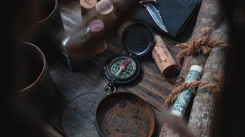 Darmowe zdjęcie z galerii z antyczny, brudny, ciemny, drewniany
